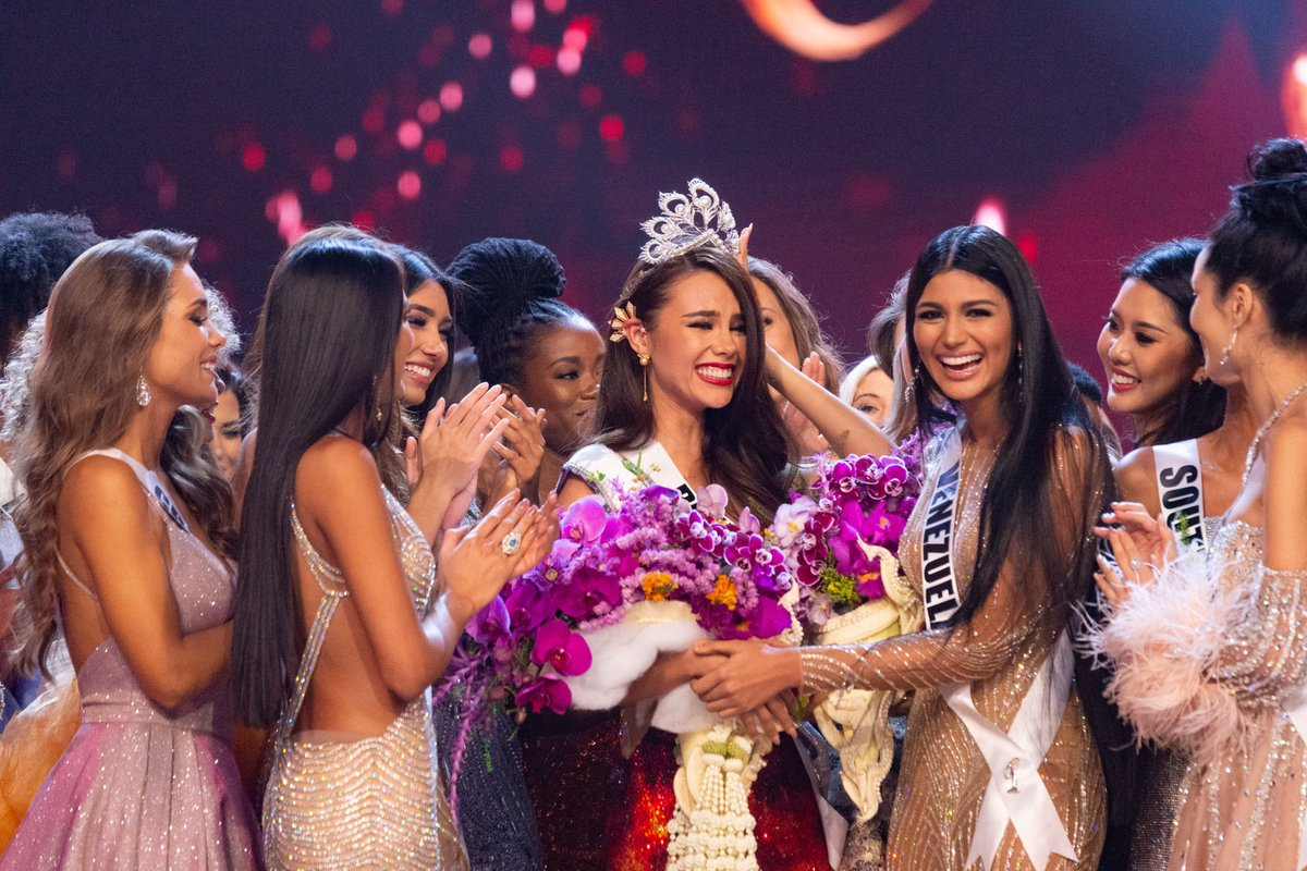 #MissUniverse @CatrionaElisa begins her NYC Media Tour Monday, January 7th. Catch her on @GMA at 8:40am ET and @LIVEKellyRyan at 9:40am ET for exclusive interviews on her win. ✨