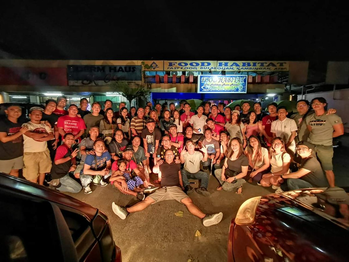 1st nyt out of '19 w/ these crazy solid SMB fans for 2019. Ready to cheer SMB this season.  #BlazingBeermenClan #WeCheerForTheBeer #WeAreBBCpic.twitter.com/y4pOy3JuPa
