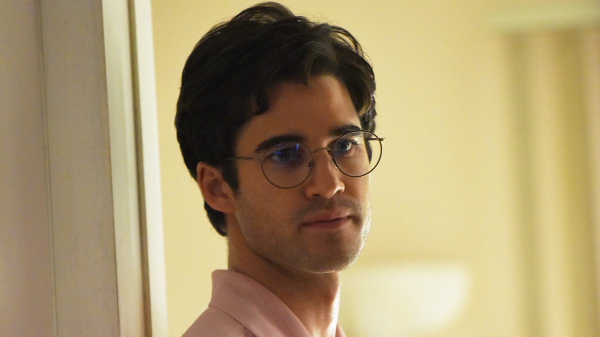 Darren Criss wins best actor in a limited series or TV movie for #ACSVersace https://t.co/HVkJi3ZWdS #GoldenGlobes