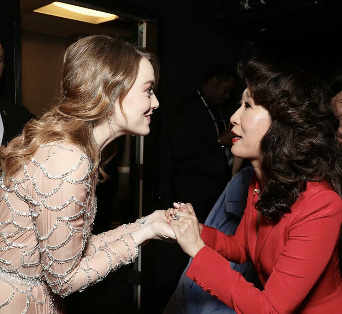 Emma Stone and Sandra Oh backstage at the #GoldenGlobes