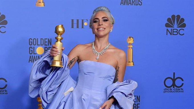 Golden Globe Awards - Page 18 DwSY0vsVsAAsWb9