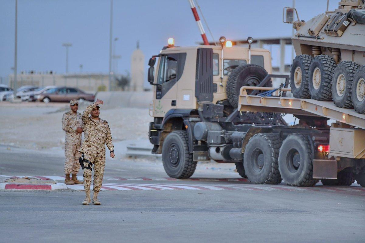 أول قرار لوزير الحرس الوطني السعودي الجديد: قوات عسكرية تتحرك جنوبا DwTKy_9WoAATtIE