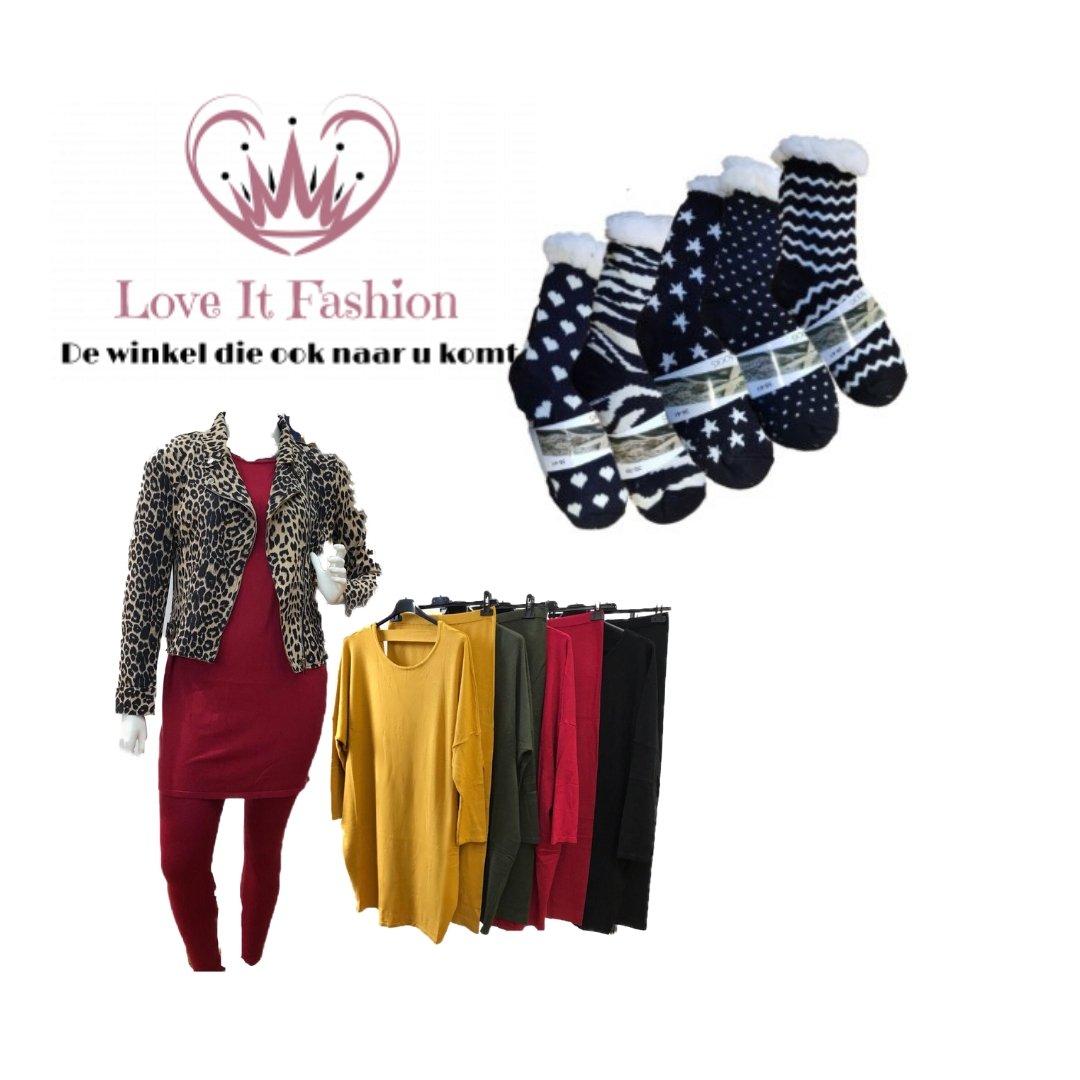 a44c7130815 Nu bij aankoop van een huispak krijg je een paar homesocks t.w.v. €6.95  cadeau. http://bit.ly/2TAUG6t #homesocks #housewear #shoppingqueen #mode  #womens ...