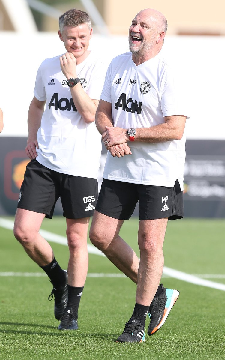 Well it's a little warmer out here, The boys are working hard everyone's smiling and the shorts are back #ManUtd #OGS 😂👍🏻