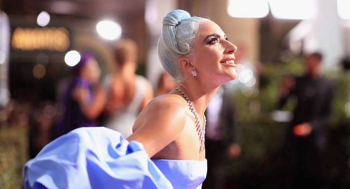 Golden Globe Awards - Page 19 DwUNva2X4AAuDJM