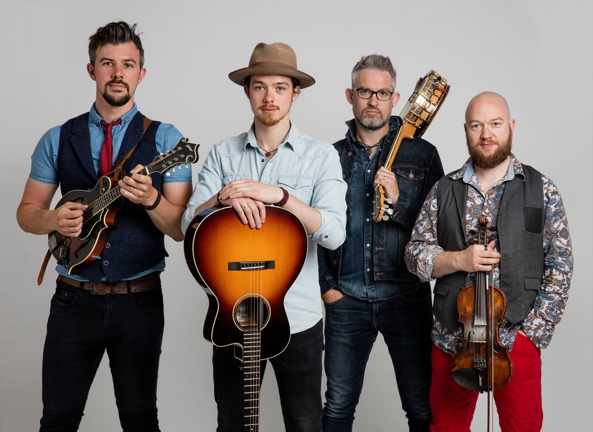 On today&#39;s episode of #BluegrassRidge, hosts @nu_blu share videos from @WeBanjo3, #TheFirstLadiesofBluegrass, @DarinandBrookeA, @sistersadieband, #SpecialConsensus, and @TheNewHip! Tune in at 5PM E/P!  #WatchHeartland #BluegrassMusic <br>http://pic.twitter.com/1sWc5OdQkO