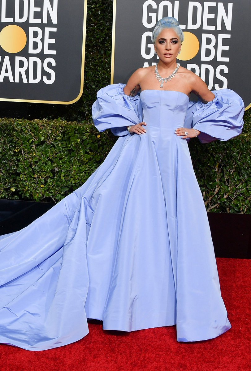 Vogue Fr On Twitter Golden Globes 2019 En Robe Valentino Lady Gaga Aurait Elle Rendu Hommage A Judy Garland Https T Co Zalaw2eoae Https T Co L41cjoc4xc