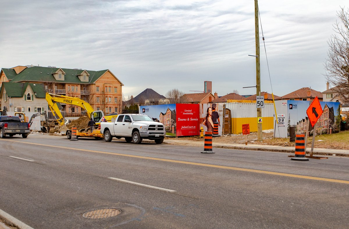 Site servicing work continues at Julien Court in downtown Maple #Vaughan #Construction https://t.co/XJY4JerBvp
