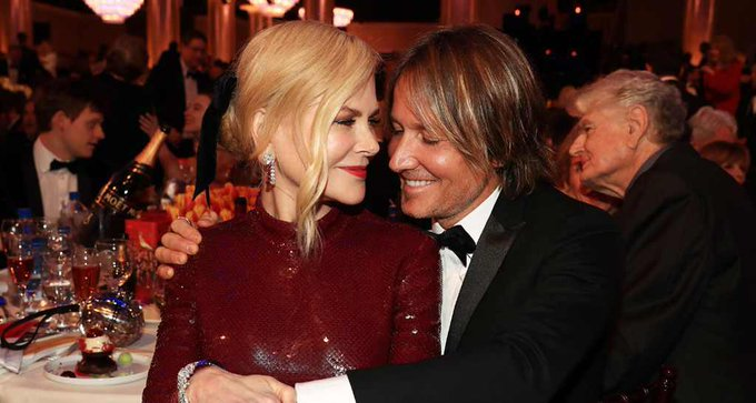 Golden Globe Awards - Page 20 DwUuGUaXQAEvx9m