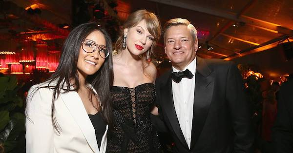 Golden Globe Awards - Page 20 DwUyaJbWsAEcL_n