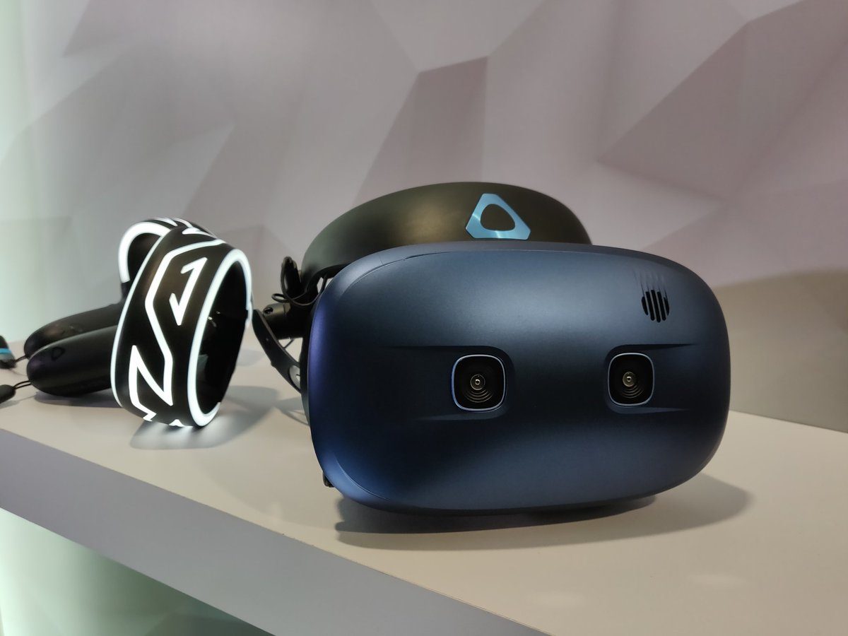 HTC announces Vive Cosmos Headset - wireless inside-out tracked