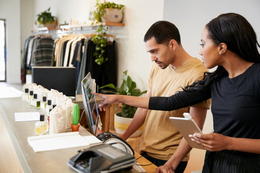 In a world of rising direct-to-consumer offerings, retailers can still flourish by working with their trusted brand partners and leveraging their unique strengths and data insight. #B2B #retail #DTC https://www.retailtouchpoints.com/topics/store-operations/as-dtc-sales-rise-retailers-should-leverage-smart-promotions-and-instant-gratification…