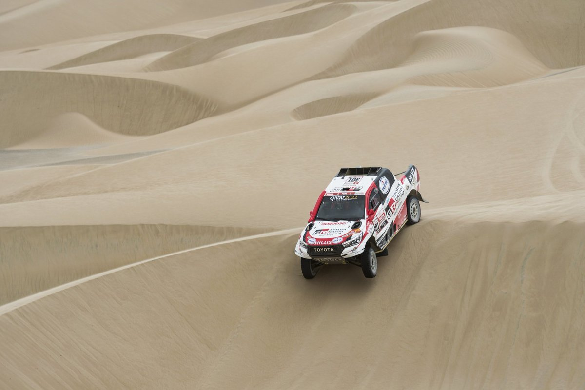 #Dakar2018 #Etapa1 #Autos: @AlAttiyahN  @CSainz_oficial  Jakub Przygonzki #Dakar #RallyDakar #RallyDakar2019<br>http://pic.twitter.com/IlfndxI9b1