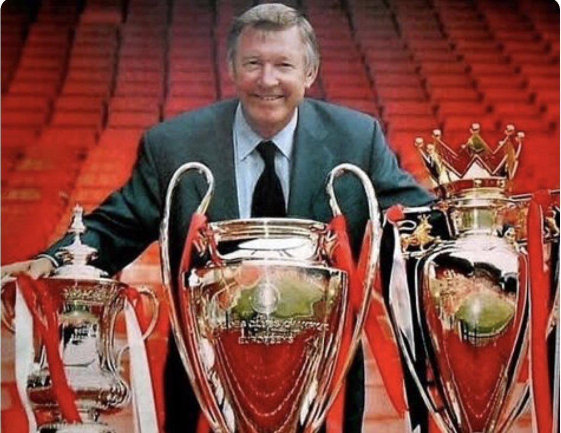 """Liverpool fans: """"It's good we're out of the FA Cup we can focus on the league...""""  Sir Alex:"""