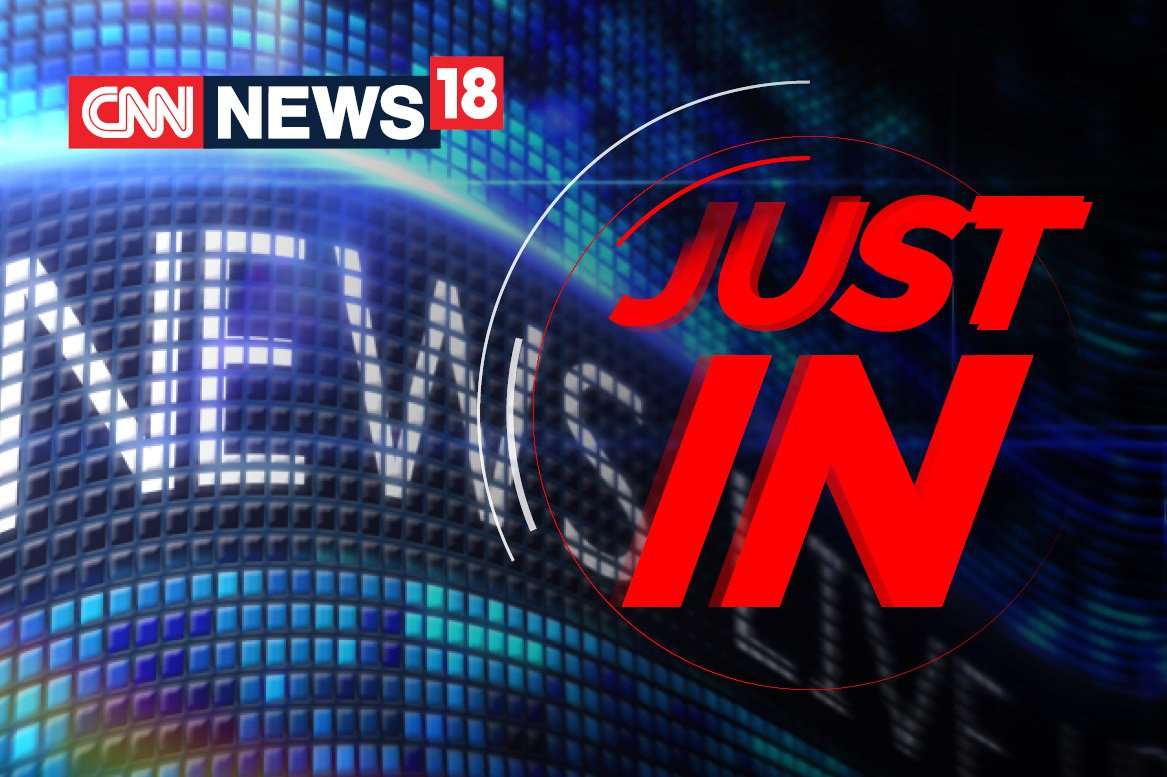 #JustIn -- Ruckus breaks out in Puducherry during the all India strike against the Central government. A Tamil Nadu government bus was attacked by protesters. Buses and auto rikshaws did not ply in Puducherry due to the strike. | #BharatBandhPolitics