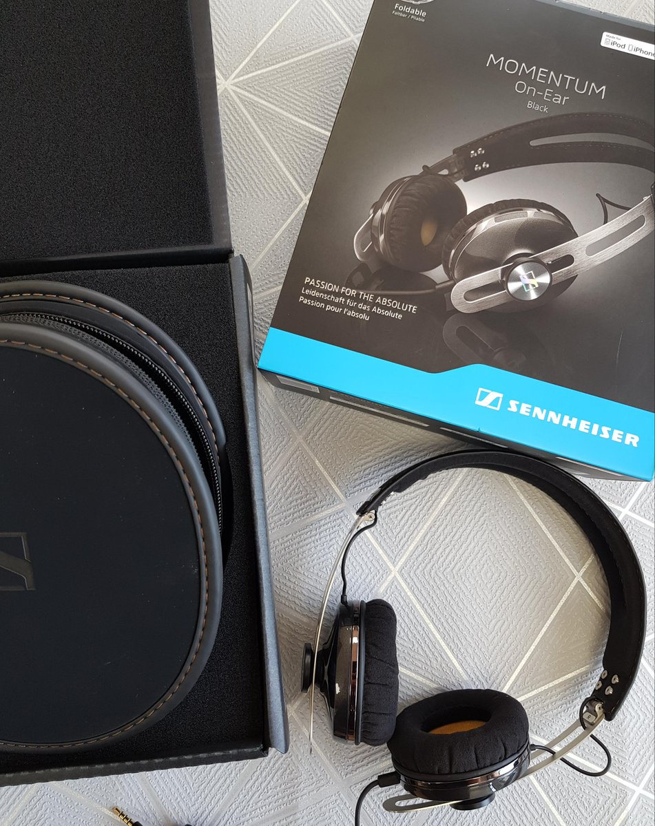 #freebiefriday #friyay This week the tunes are on us! We have a pair of @SennheiserUSA headphones from @hmvWolves to win. Just like, RT and tell us your ultimate tune in the comments below for your chance to win!    Ends 18/1/18 at 9am, winner must collect.<br>http://pic.twitter.com/3xjNhFeY4z