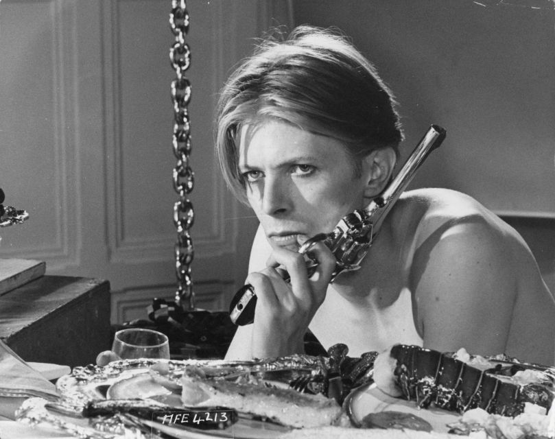 4f7335ef15158 happy birthday david bowie the man who fell to earth 1976 dnaicons dnaloves