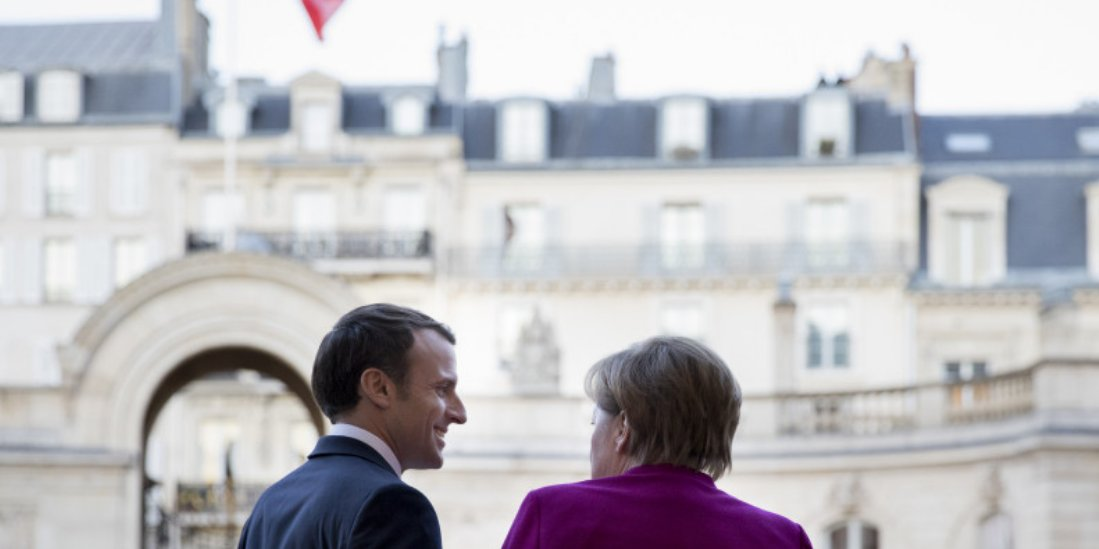 Frankreich Diplos Tweet At Emmanuelmacron Und Angela