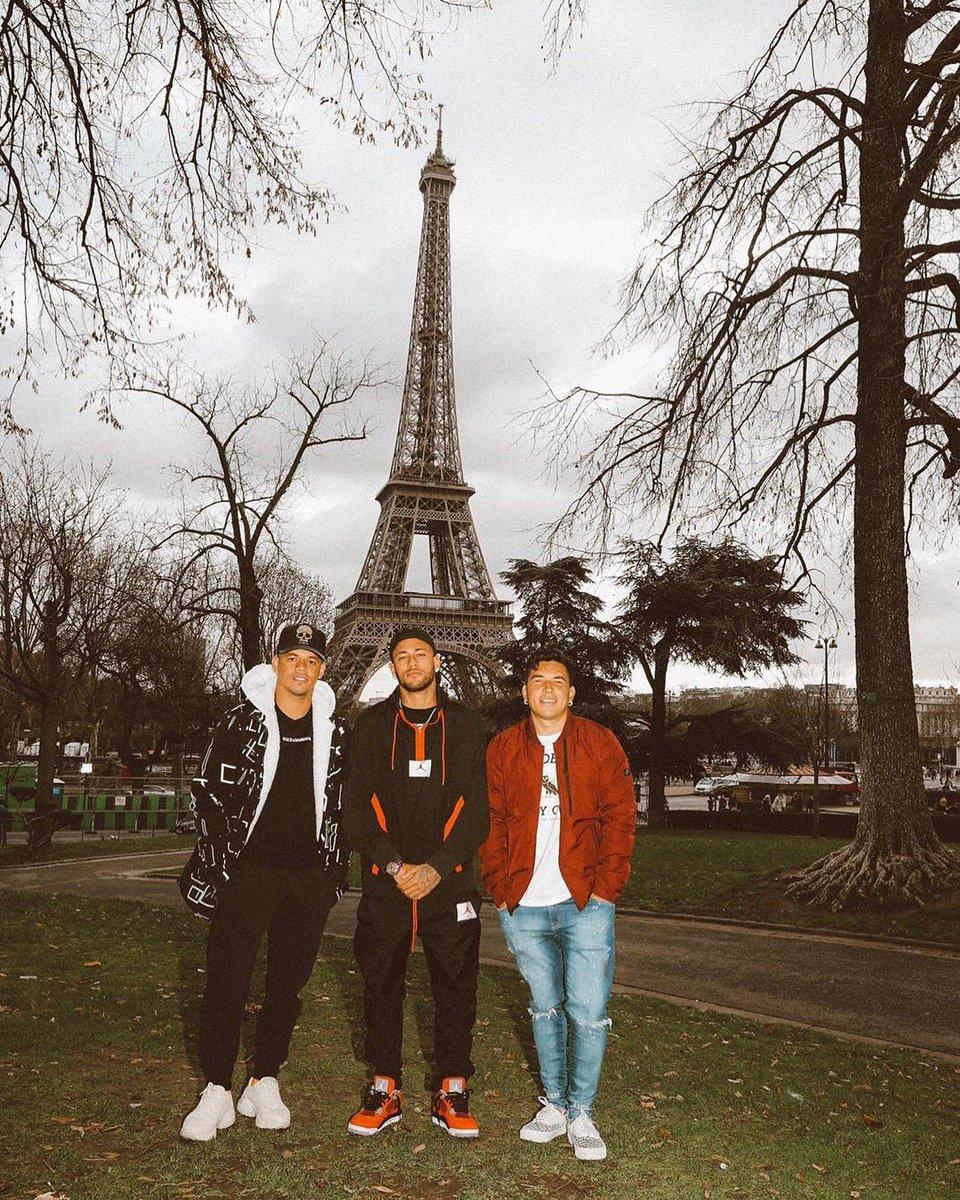 Squad in Paris 🇫🇷