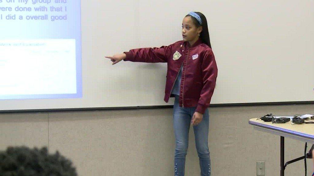JCPS students make digital backpack presentations bit.ly/2TEe2aX