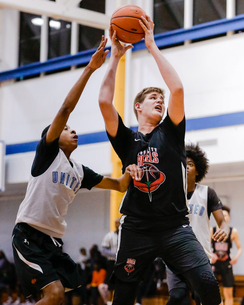 """MADE Hoops®️ a Twitter: """"The Rose City Rebels (OR) remain undefeated during #WESTLea8ue play, and a major reason for that is the play of 6'7"""" post Gus Yalden. A physical rebounder and"""