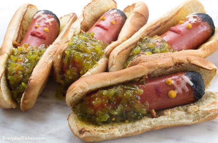 FRANKENWEENIE Hot Dogs via Everyday Dishes. #GhastlyGastronomy <br>http://pic.twitter.com/jWZptvSvdG