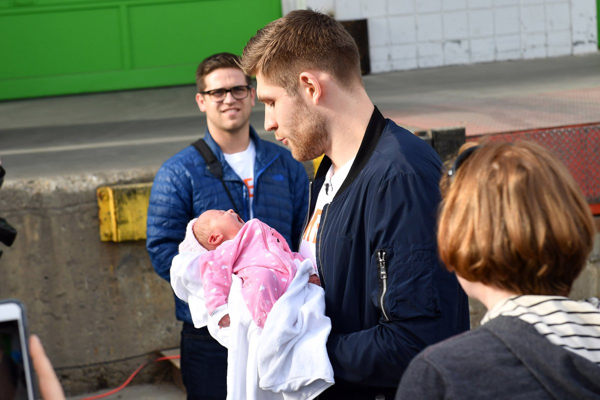 We were there when the picture was taken with baby in pink and can vouch that he was amazing with the teeny tiny baby! #lastmanleon #doitforthebabies.