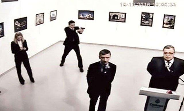 Начался процесс по делу об убийстве посла Карлов