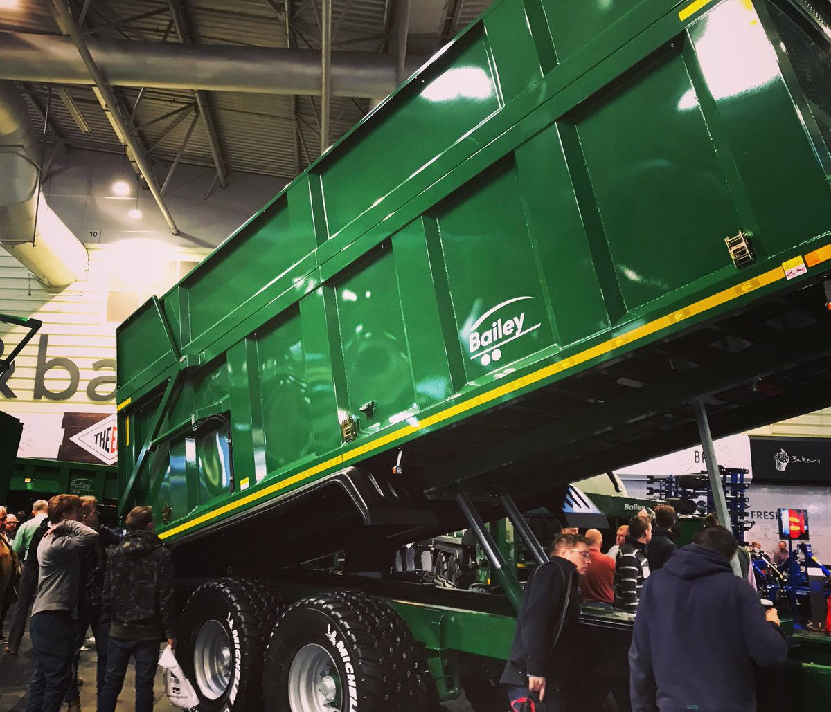The fabulous #BaileyTrailers TB16 with Silage Kit on display at #LAMMA19 today
