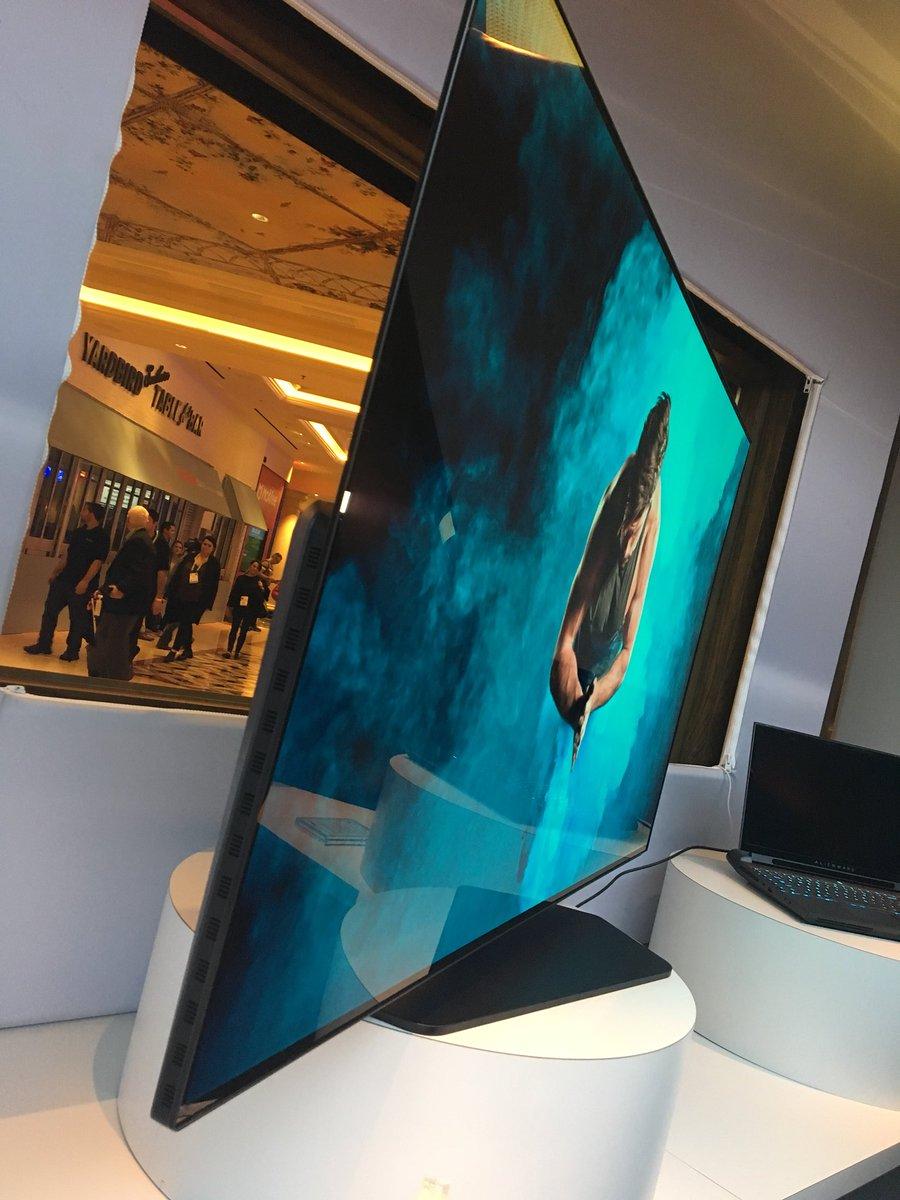 Alienware's 55 OLED. Gatdang. #AlienwareHive #DellExperience