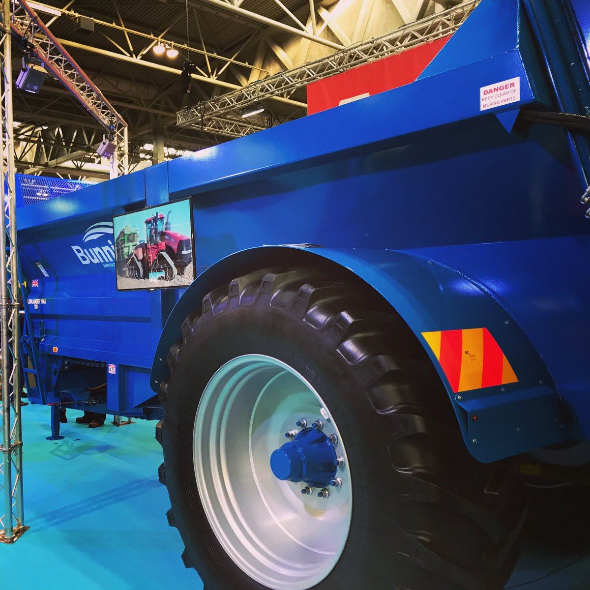Spread the word... Fantastic spreaders at #LAMMA19 on the #Bunning stand.