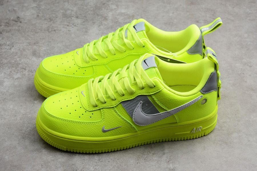 Sneaker Shouts</div>             </div>   </div>       </div>     <div class=