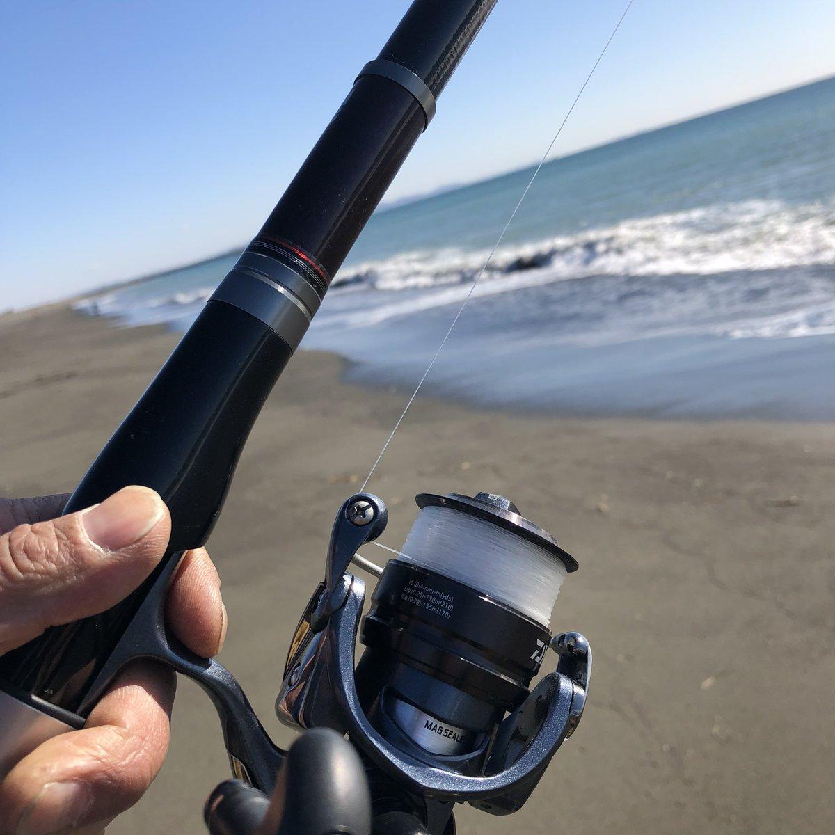11時10分   虹ヶ浜から袖ヶ浜に移動。  #平塚海岸 https://t.co/7neI5XoawM