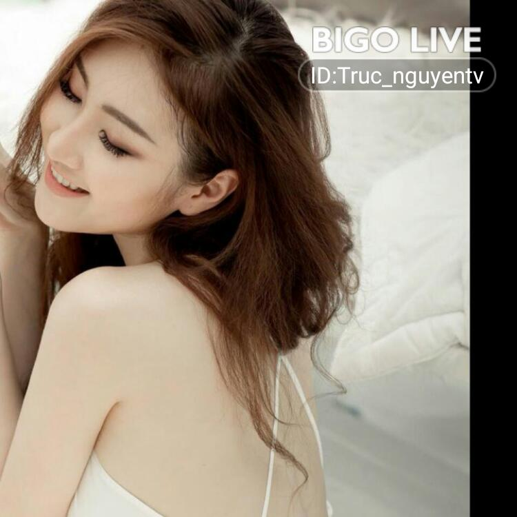 OMG! You have to see this. #BIGOLIVE.   https://t.co/LGFNcUm1w7 https://t.co/VchiGL0zNR