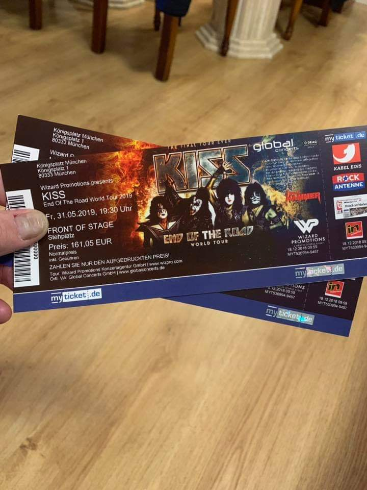 Ready for the #EndOfTheRoad World Tour in #Europe. Javier Rueda Moya is headed to our Munich show. We will see you in May, Javier. #KISSARMYROCKS<br>http://pic.twitter.com/FXXapF9mxe