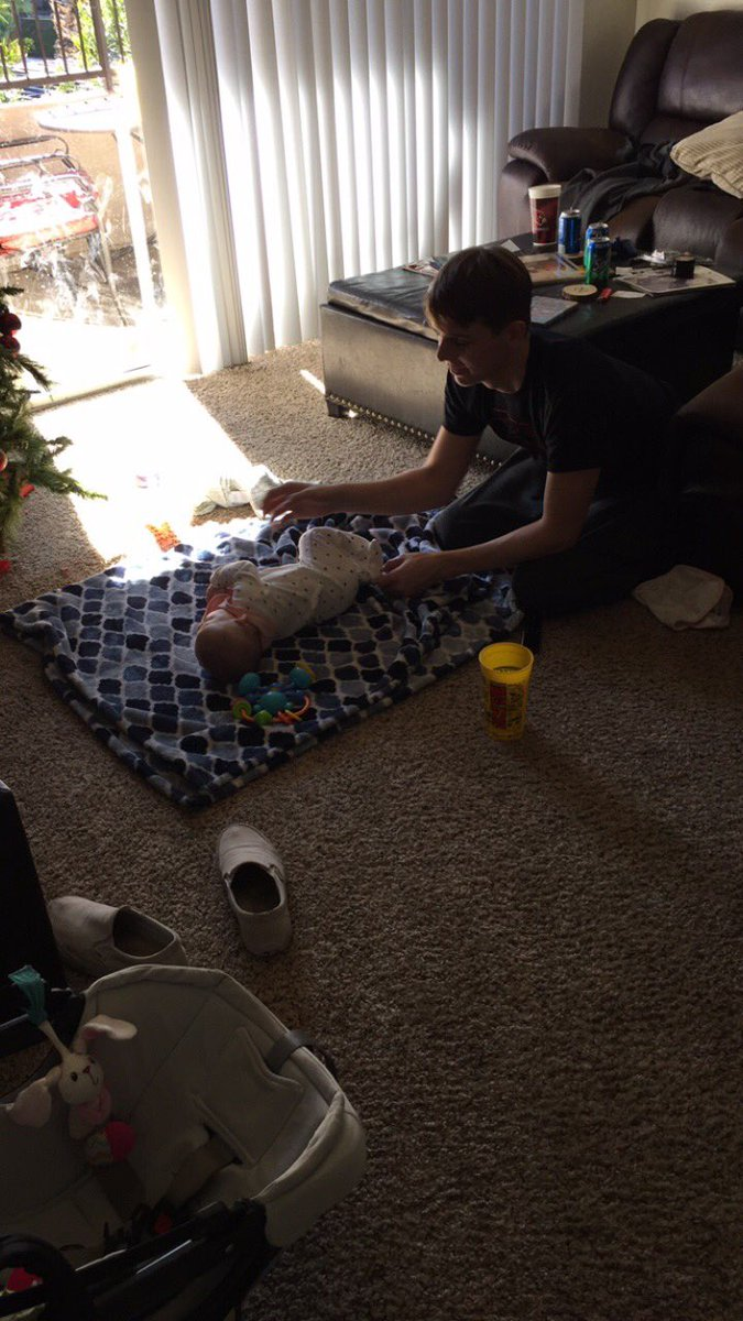 Dusty helping me out with the little baby girl I nanny #daddyinthemaking #futuredaddy #myfuturehusband <br>http://pic.twitter.com/uQ48MdGm0S