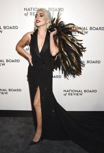 2 - Lady Gaga - Σελίδα 31 Dwbd7G9WsAE7rO-