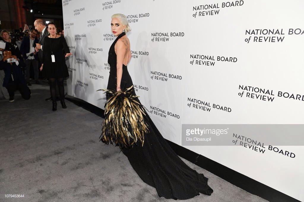 2 - Lady Gaga - Σελίδα 31 Dwbe0ZaUUAAXsBS