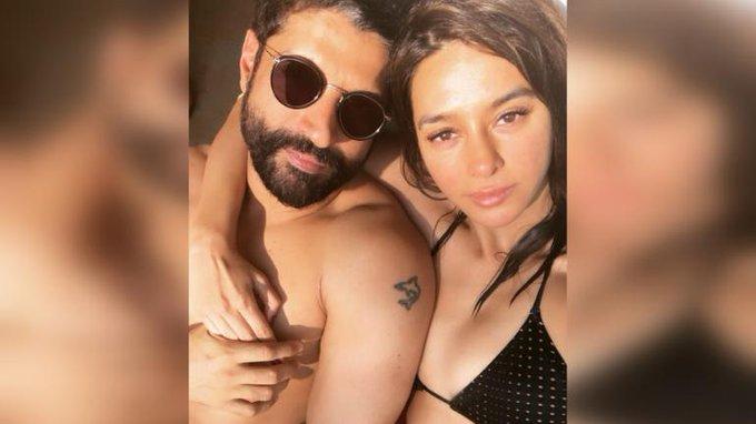 Shibani Dandekar wishes boyfriend Farhan Akhtar: Happy birthday, my sweet grumps  