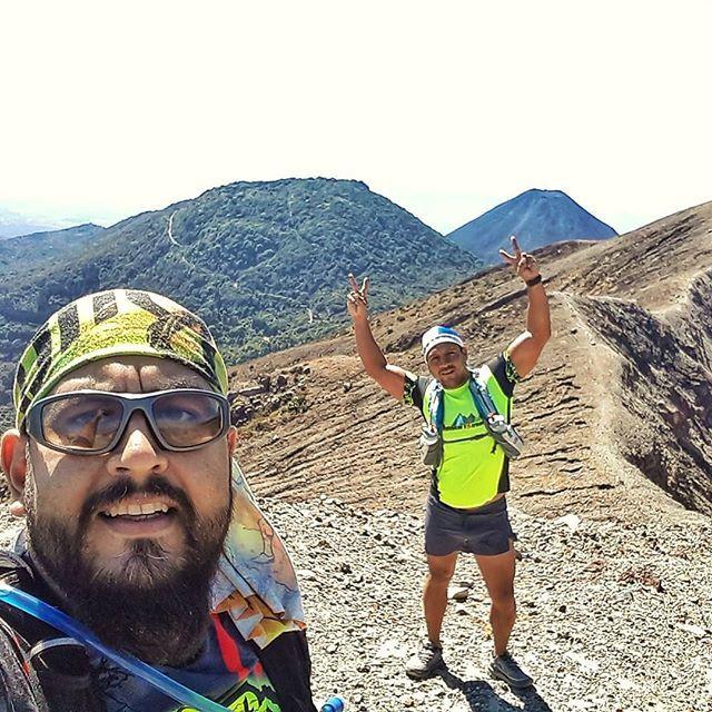 Volcaneando con @juankk13.jn !!! #NeverStop #690abcSports #run #runner #runnerlife #running #runningpassion #runninglife #runtagram #train #trainhard #trainning #trail #trailrunning #trailrunlife #trailrun #trailrunner #trailrunaddict #naturerunners #mou… http://bit.ly/2QBJmoUpic.twitter.com/5iTJZTnNdr