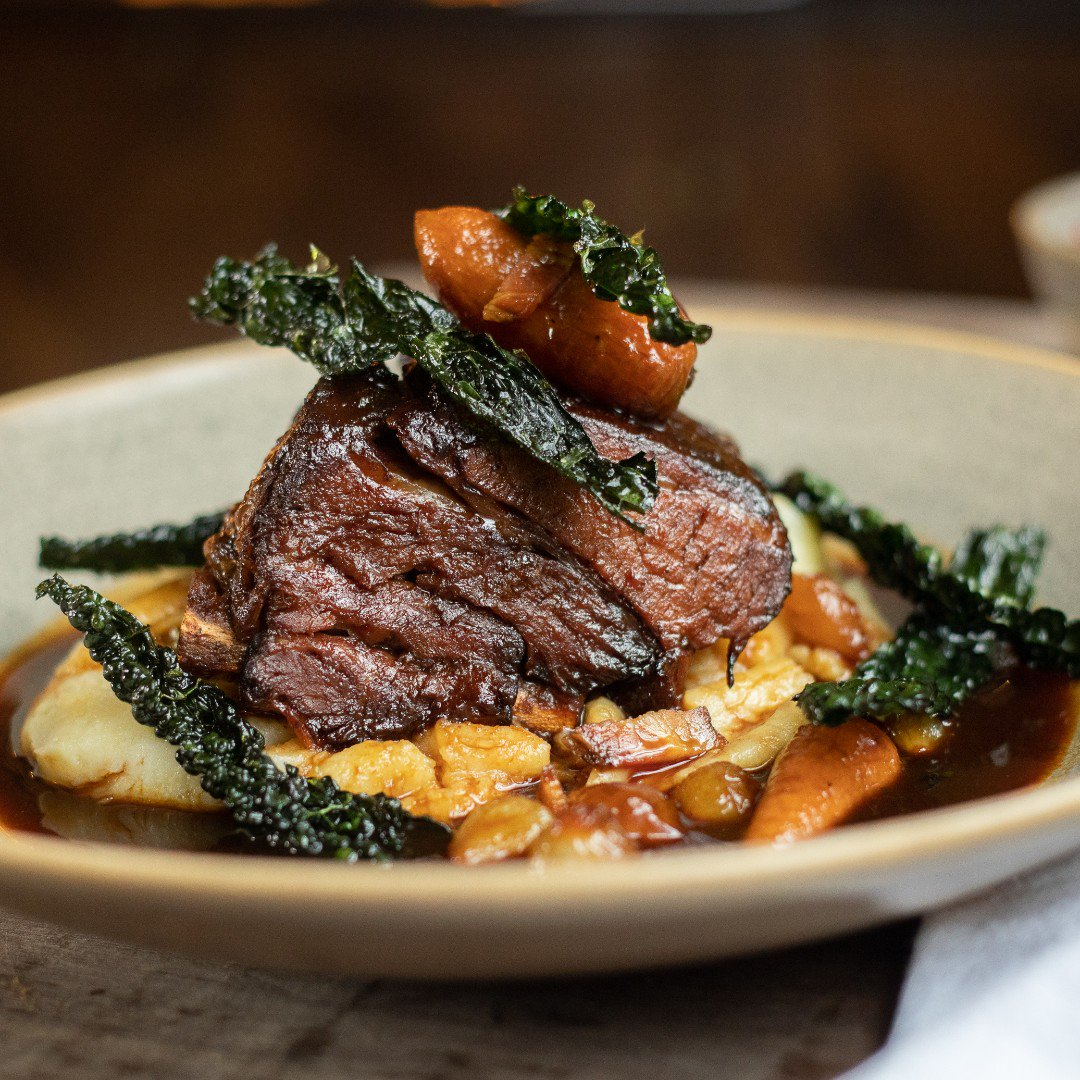 A L P I N E  C O O K  H A U S Indulge in 50% schloff your food bill this January Monday - Friday: Goulash, slow cooked short rib of beef, pancetta, pearl onions, cavolo nero, whipped mash. Link in bio #goulash #mcreats #albertsschloss
