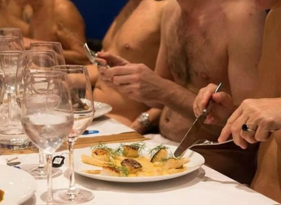 test Twitter Media - There are just not enough bums in their seats and Paris first clothes-free restaurant. Sad news for those who enjoyed or have yet to enjoy dining at O'naturel...https://t.co/K2Y1n71tv5 Good news...you can still dine at @BareBistro! #naturist #mmmfood #dine #clothesfree https://t.co/tT441gilID
