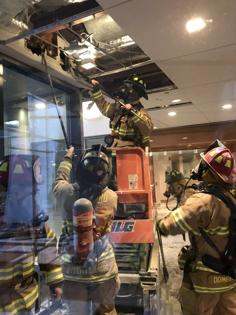Minor fire this morning at 101 Broad Street, Building 2. The fire was quickly contained by Stamford firefighters. No injuries, damage contained to area of origin. @News12CT @WTNH @connpost @StamAdvocate @WFSBnews @FOX61News