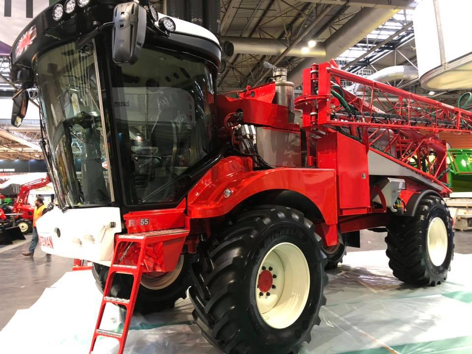 Many thanks due to @rp_detailing for working with us to ensure our crop sprayers were looking their very best at LAMMA Show 👌👌👌 #CropSpraying #CropProtection #TeamBateman