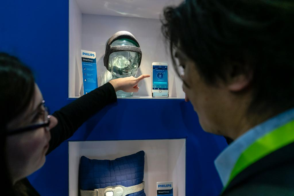 What's new and what's next in consumer health? In a new blog post Roy Jakobs, Chief Business Leader Personal Health businesses @Philips, gives his views while being at #CES2019 https://t.co/9lbATXykfr
