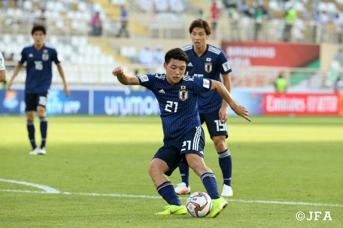 決勝点を決めた #堂安律 選手🔵⚫️ 左足を振り抜いた⚡️ @doan_ritsu   #AsianCup2019 #アジアカップ  #SAMURAIBLUE #daihyo #Jリーグ