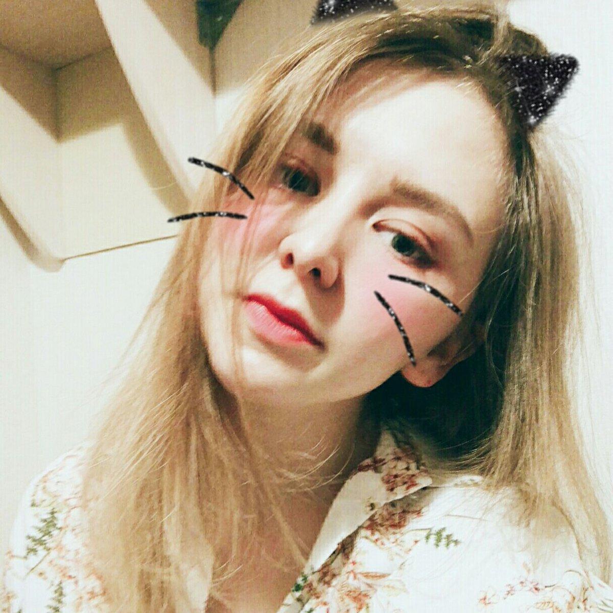 RT @butsaarik: [🚀]             You are my galaxy 🌌        🌠   💫  [#NCTzenSelcaDay ] https://t.co/uzxD3Bf3qL