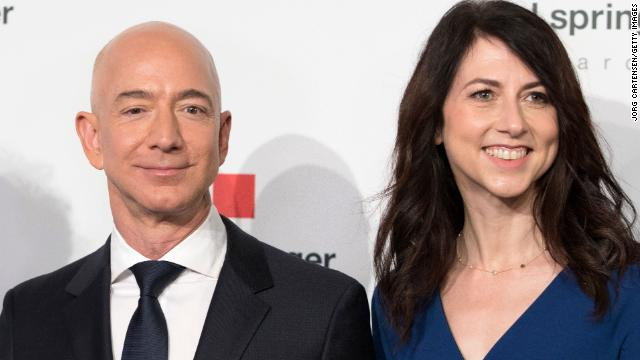 The world's richest couple is splitting up. Amazon CEO Jeff Bezos and his wife, novelist MacKenzie Bezos, say they are getting a divorce after 25 years of marriage. https://t.co/azisRQaFdl