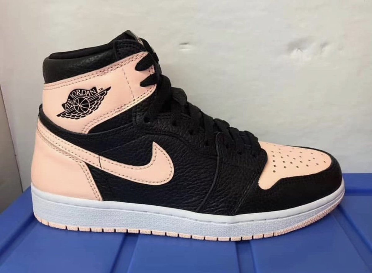 13899cd2427a Sneaker Bar Detroit on Twitter