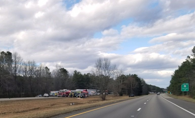 3 dead after crash on I-95 in Prince George https://t.co/e8UQPfaTes